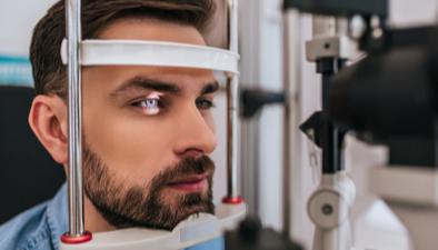 man eye exam