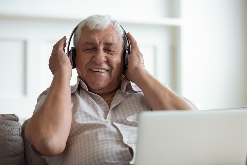 man listening in headphones